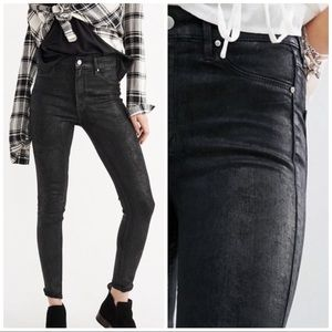 Abercrombie & Fitch Coated Hi Rise Skinny Jeans